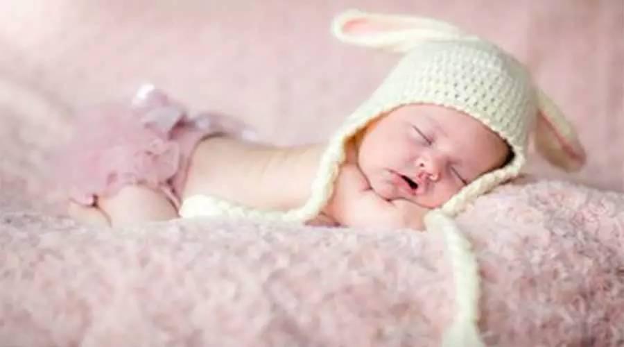 昨日,洛阳8个月婴儿睡觉时死亡,颈部有勒痕,母亲哭晕!而真相竟然是......