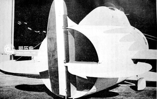 机身高度为3米,总重量为800公斤