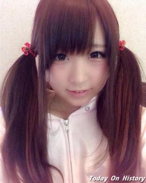 一提起日本女生,我们会想到可爱卖萌