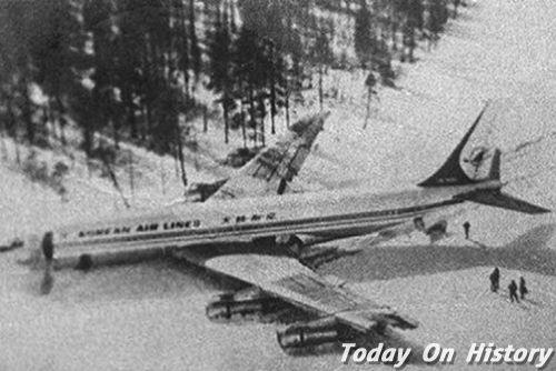 飞机失踪48年后重见天日 机身完好却空无一人