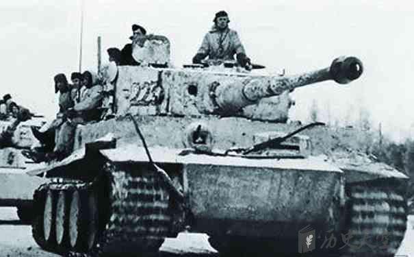 驻马店广视网 历史 > 正文  二战时期的武器 在二战时期,军事实力最为