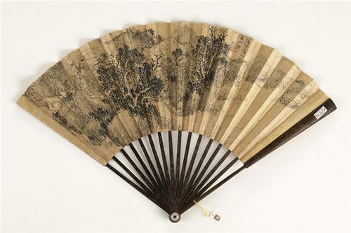 中国的扇子:团扇淑女妩媚 羽扇名士风流