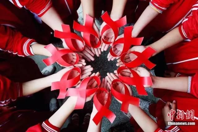 如果我被艾滋病毒携带者性侵,我还有救吗?