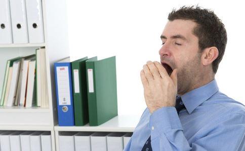 上班疲劳犯困怎么办 上班打瞌睡有什么方法 如何避免上班打瞌睡