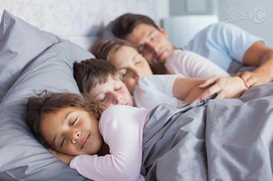爱睡懒觉,患癌风险明显升高!