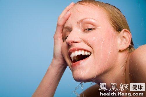 洗牙并不会令牙齿变白 为何女性还需要洗牙?