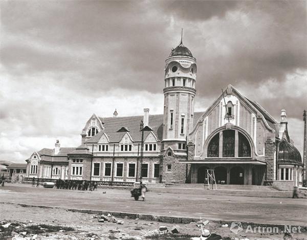 津浦铁路济南火车站南立面