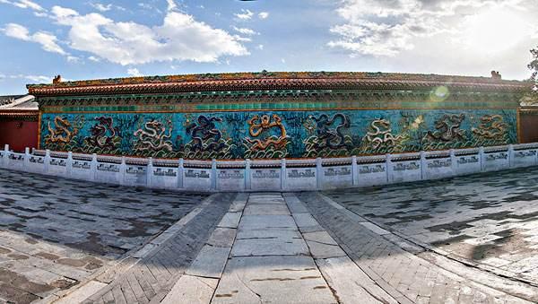 揭秘:300吨的九龙壁是如何运到故宫的