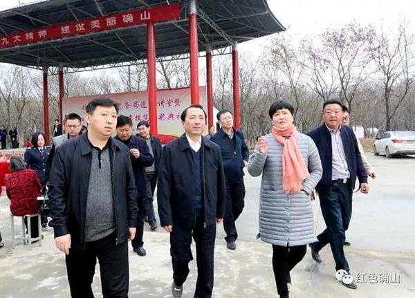 戚存杰:充分利用广场文化大舞台进一步丰富群众文化生活