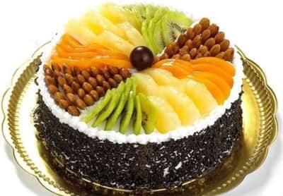 当水果遇上 蛋糕,奶香与各种水果的搭配使得整个 水果蛋糕充满了立体