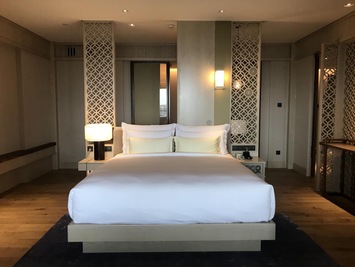 凭什么那么多大咖都选择上海阿纳迪酒店客房?