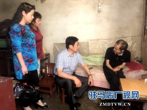 """市工商局到刘楼社区开展""""三夏""""帮扶慰问活动"""