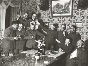 百年前的侦查气球长这样!私人收藏一战老照片公开