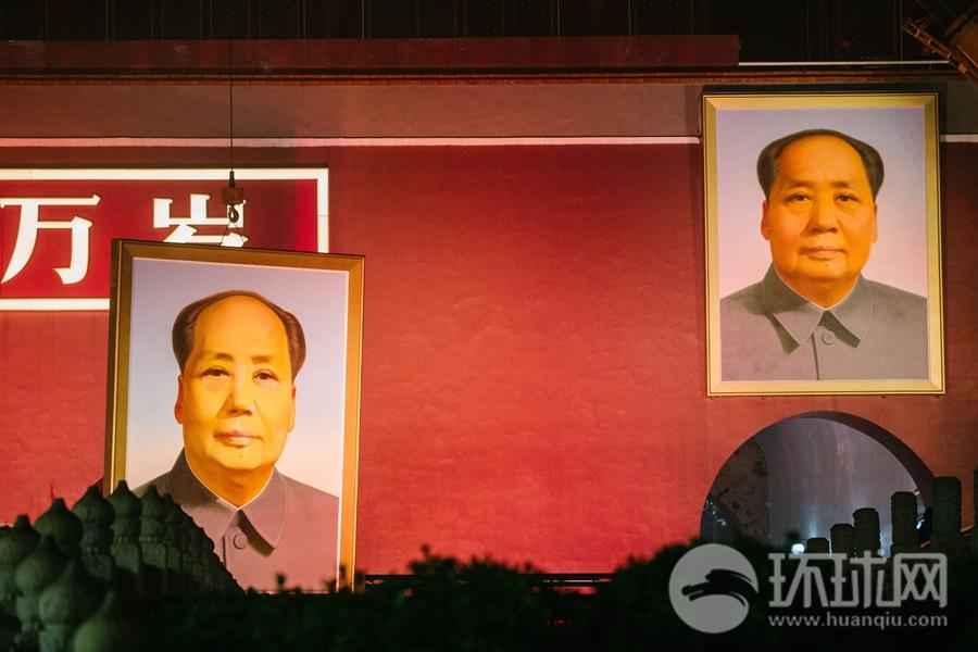 迎国庆 天安门城楼更换新毛主席像工程开工