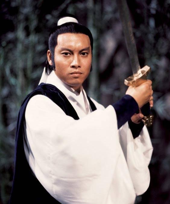 曾与作家亦舒恋爱 后娶恬妮为妻 实力派演员岳华去世
