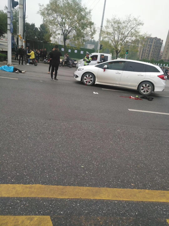 突发!置地大道上发生交通事故,一人不幸身亡!这些安全意识不容忽略!
