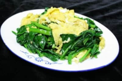 菠菜炒鸡蛋的做法