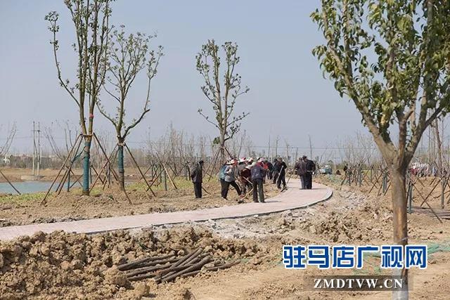 西平县老干部考察团到上蔡县参观考察