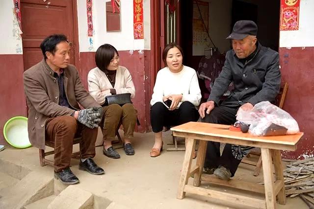 李方方:摸民意 排困难 一心一意为洼王村谋发展
