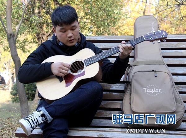 黄淮学院校园歌手邵帅举办首场演唱会拉开全国巡演的序幕