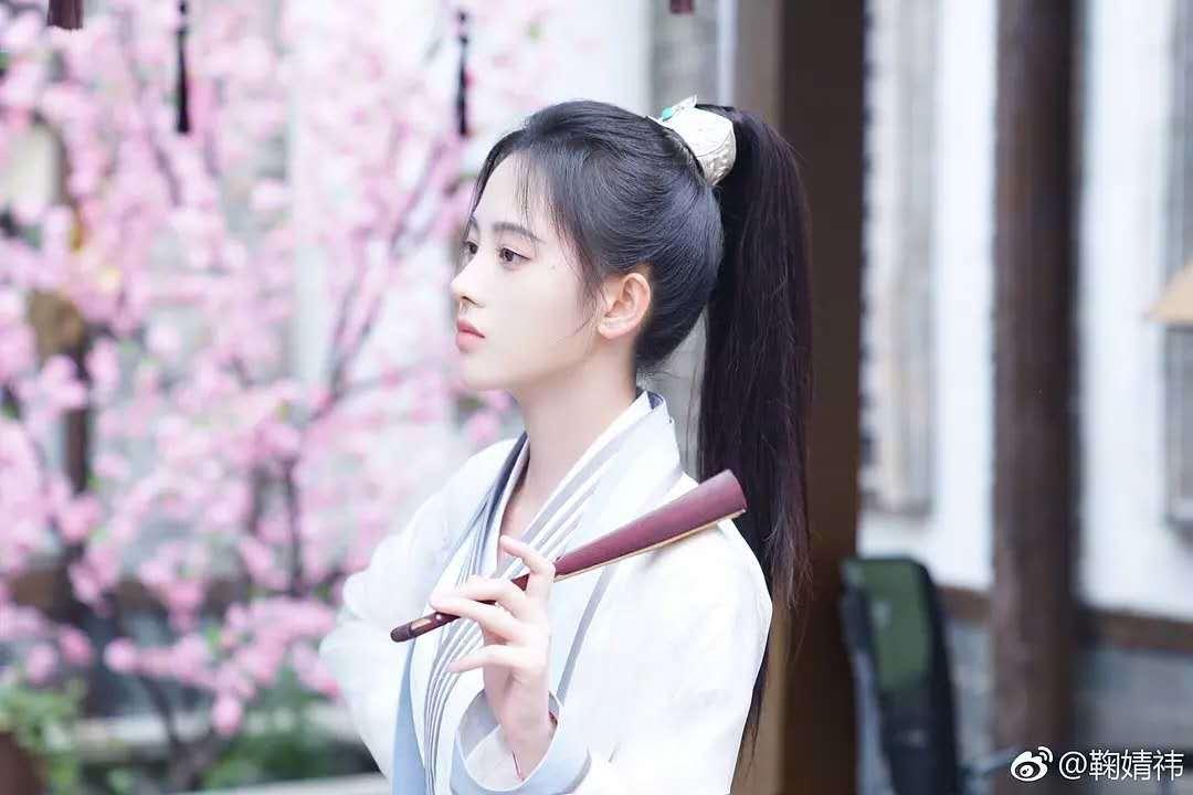 鞠婧祎饰白娘子演技被喷,四千年美女单飞之路步步维艰!