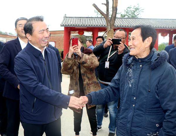 """""""嫂娘""""赵小参的事迹出了电影版 《花好月儿圆》在平舆县开机"""