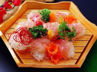 生鱼片怎么吃:生鱼片
