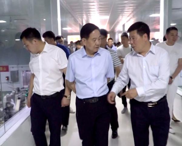 市食品工业协会组织部分企业家到西平县调研