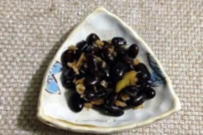 醋泡黑豆的吃法