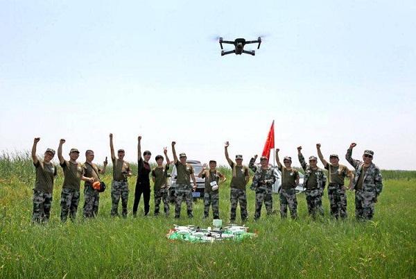 驻马店市航拍协会无人机侦察救援排民兵首次开展野外训练