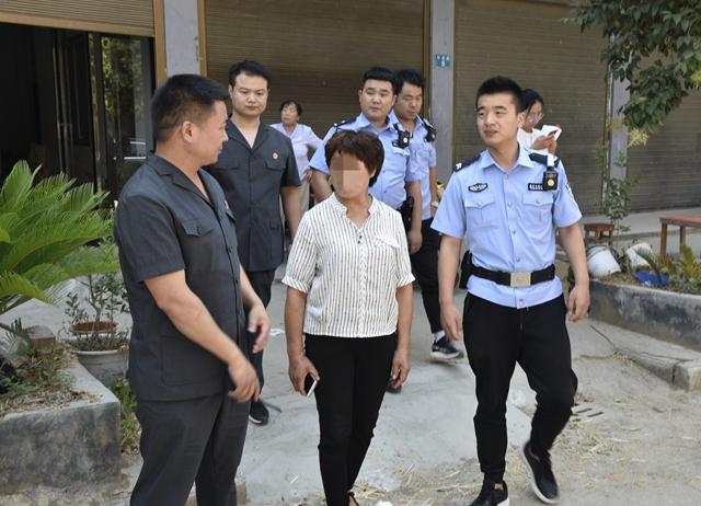 """泌阳县法院开展集中执行活动  12名""""老赖""""被抓捕"""
