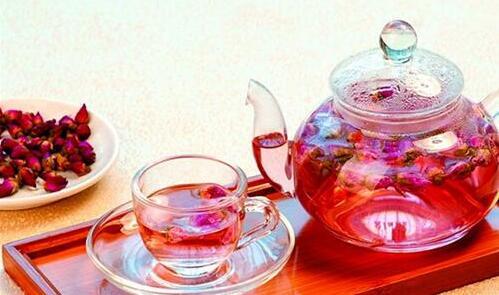 玫瑰花茶用多少度水冲泡 教你泡玫瑰花茶的正确方法