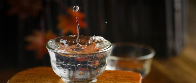 你敢喝吗?科学家酿切尔诺贝利伏特加 酒中不含危险的放射性物质