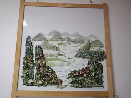 """这幅以""""垃圾""""为素材的山水画很时尚"""