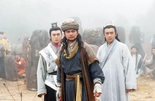 金庸笔下最悲壮的人物,第一名首选《天龙八部》里面的乔峰