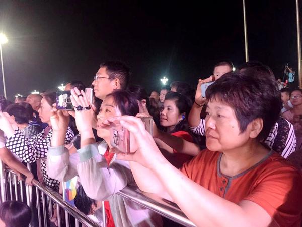 """市城乡一体化示范区举行""""庆国庆 迎盛会""""广场文化活动"""