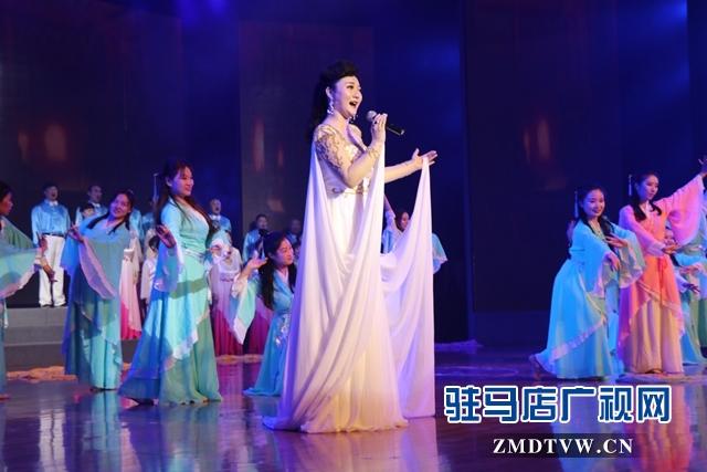 第二十二届中国农产品加工投洽会文艺演出昨晚精彩上演