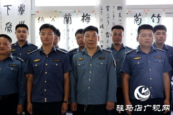正阳县交通运输执法局组织人员参加廉政书法义写活动