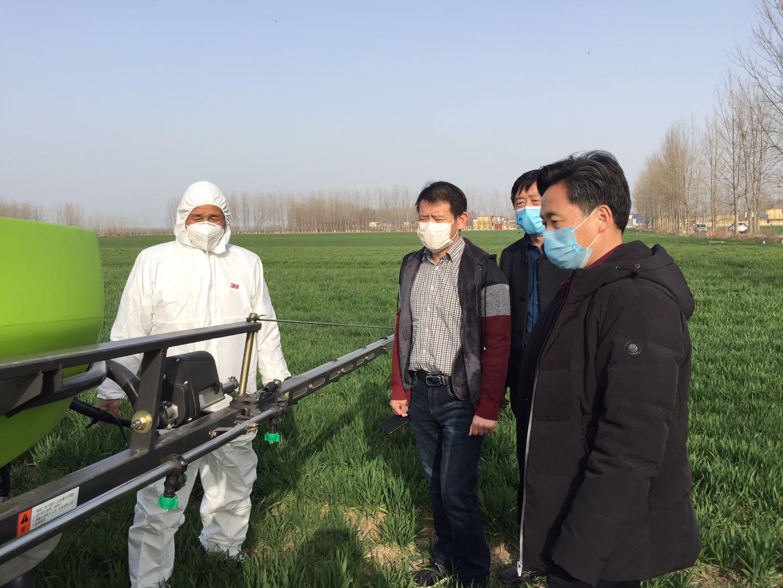 市农机局统筹农机力量 保障防疫和春耕