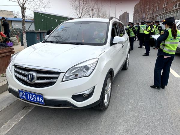 正阳县交通运输执法局查处3辆非法营运车辆
