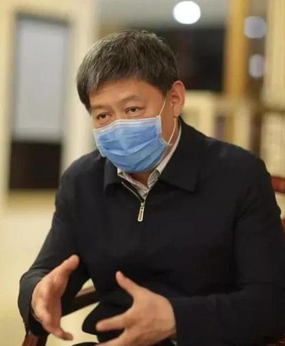"""战""""疫""""中坚 岐黄亮剑 ——中医急危重症专家刘清泉抗疫纪实"""