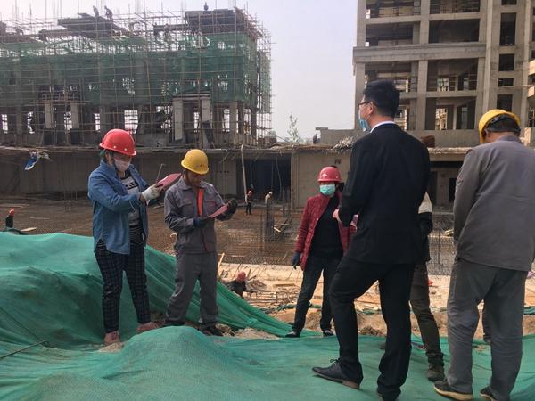 泌阳县启动《保障农民工工资支付条例》宣传周活动