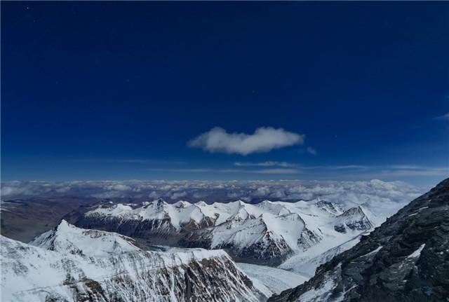 海拔7000米以上的壮美景色