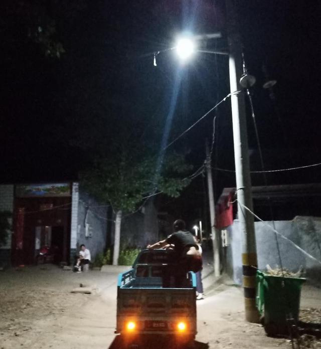 25盏路灯照亮柴庄村民回家路