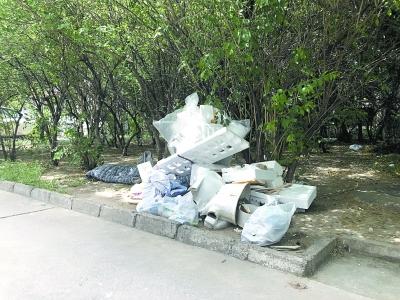 算可回收垃圾却无处回收,泡沫塑料箱缘何处置难?