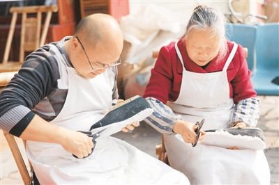 唐昌布鞋:80年坚守与传承