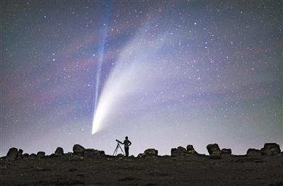 新智彗星6000年回归一次 你可别只是看个热闹