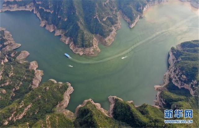 河南济源:黄河三峡美 犹在画中游