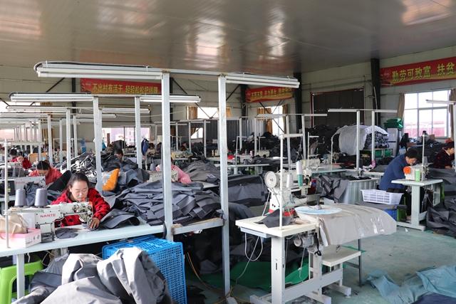 汝南县板店乡:家门口就业让群众走稳脱贫致富路
