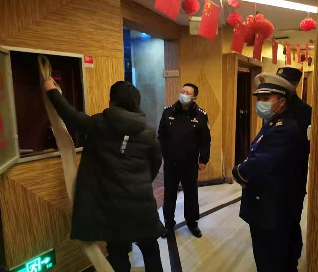平舆警方组织开展公共聚集场所集中清查行动